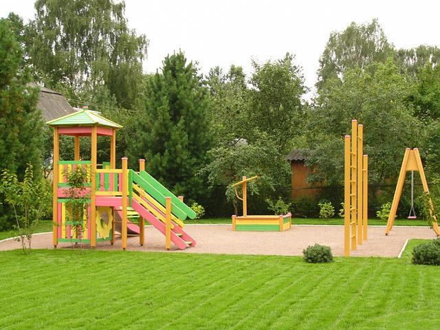 озеленение детских площадок виды растений