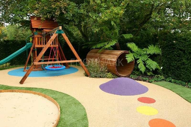Какие деревья подобрать для детской площадки